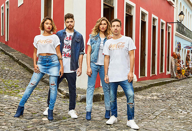 Coca Cola Jeans aposta na batida do denim para a temporada